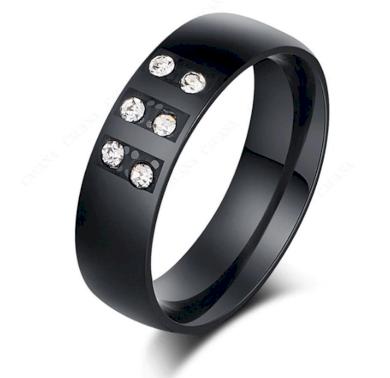 Černý prsten zdobený zirkony z chirurgické oceli SR000082