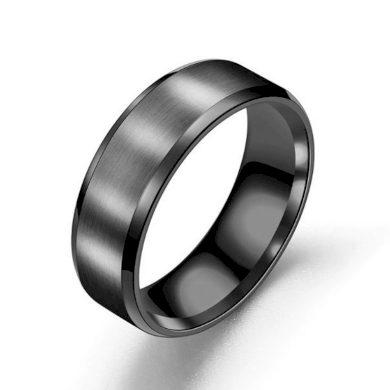 Prsten z broušeného titanu v černém provedení SR156