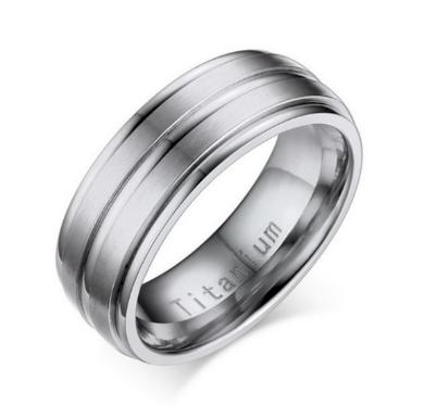 Stříbrný prsten z Titanu s rýhováním SR000077