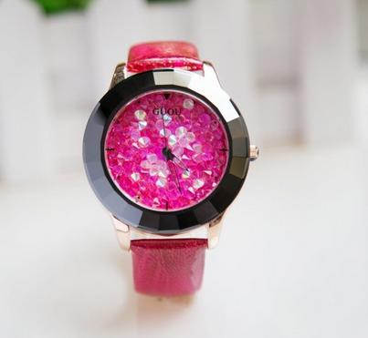 Růžové náramkové hodinky