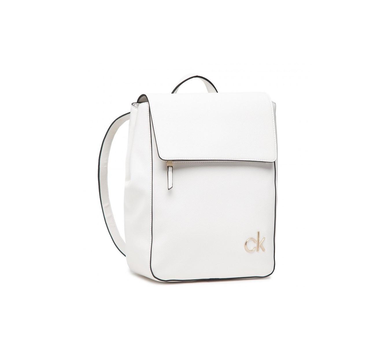 Calvin Klein dámský bílý batoh FLAP BP