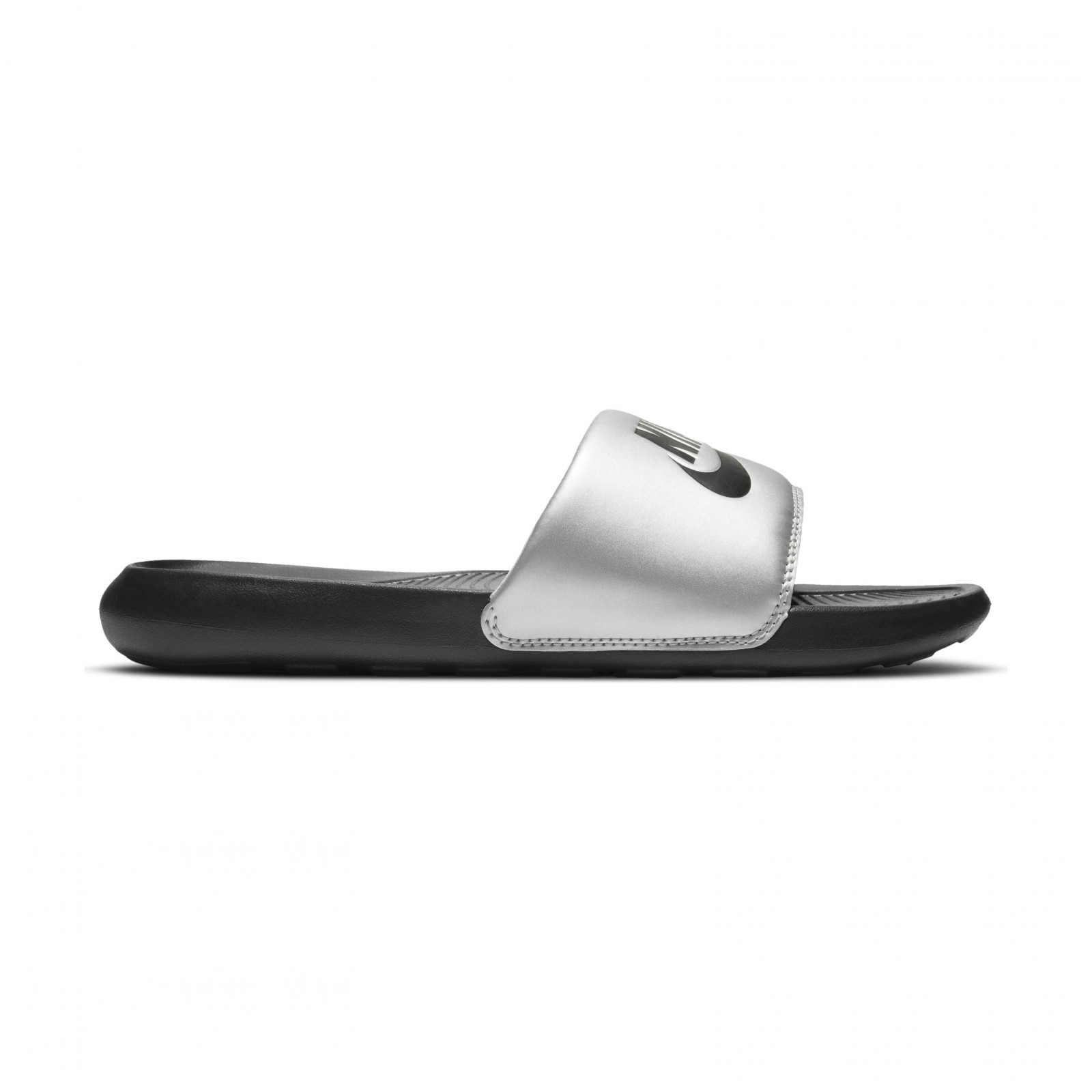 Nike Victori One BLACK/BLACK-METALLIC SILVER