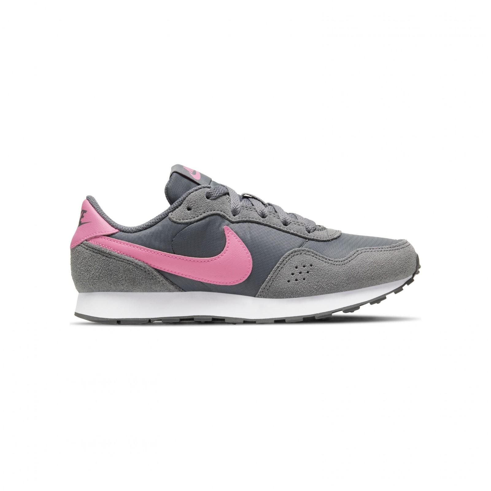 Nike MD Valiant SMOKE GREY/PINK GLOW-WHITE