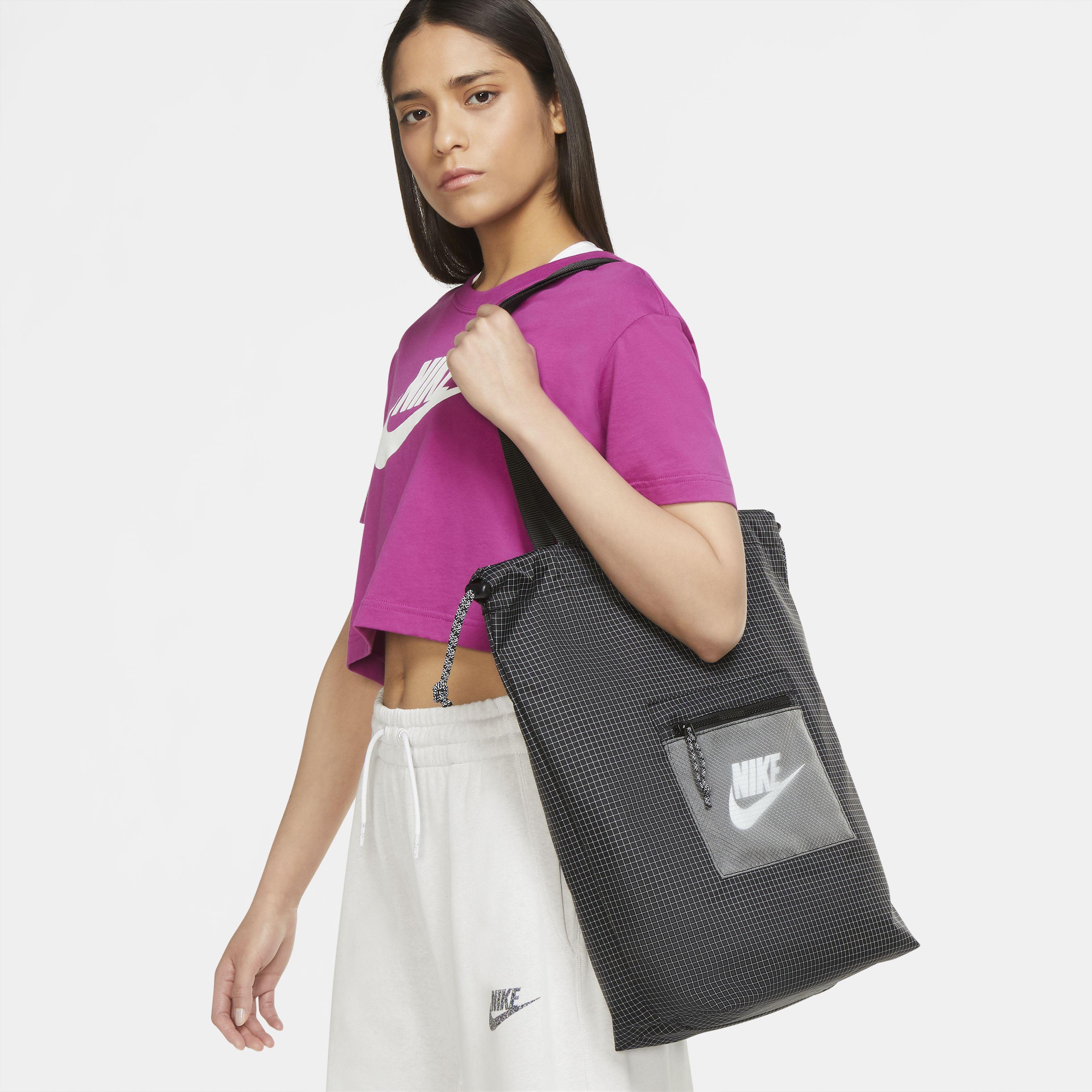 Nike Heritage BLACK/BLACK/WHITE