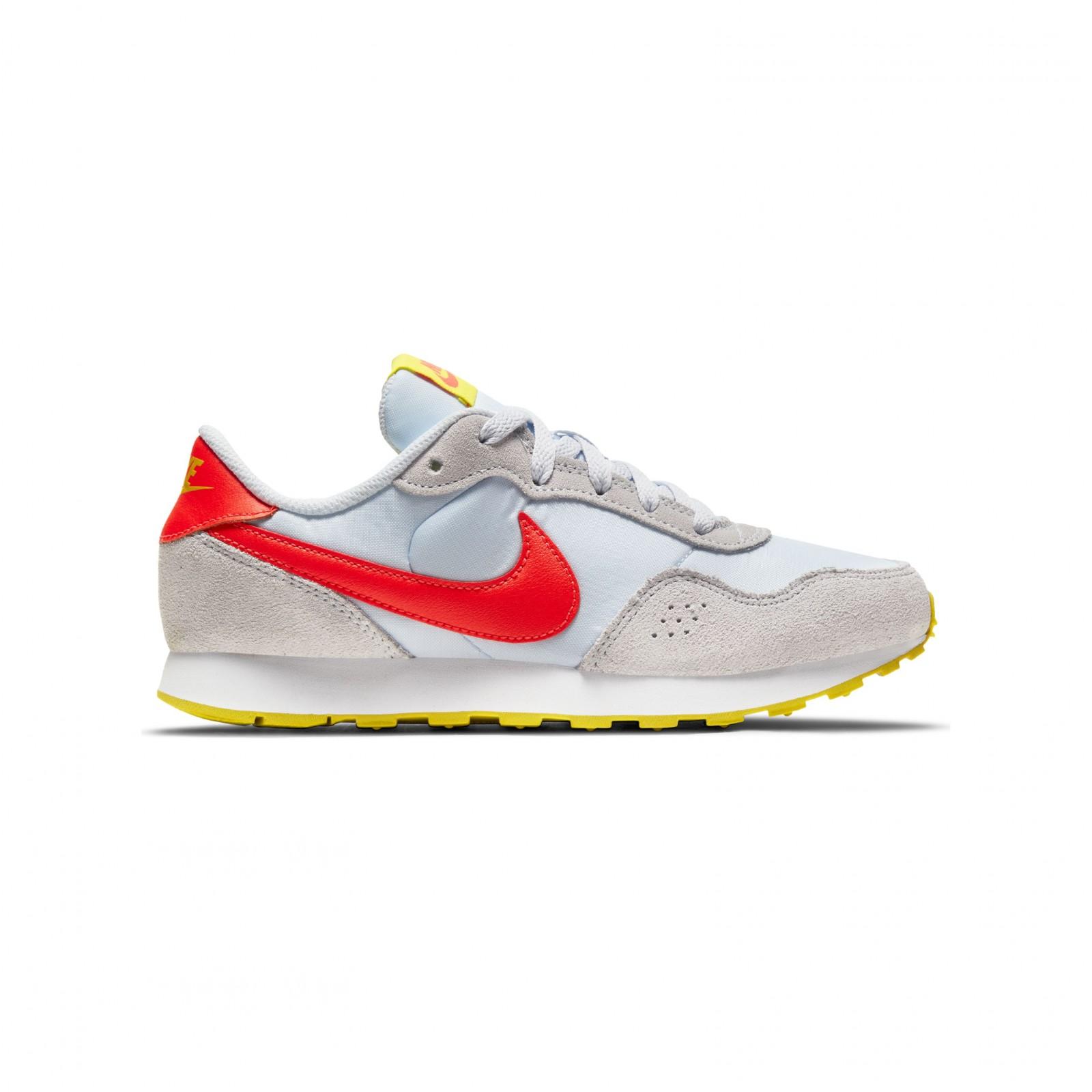 Nike MD Valiant FOOTBALL GREY/BRIGHT CRIMSON
