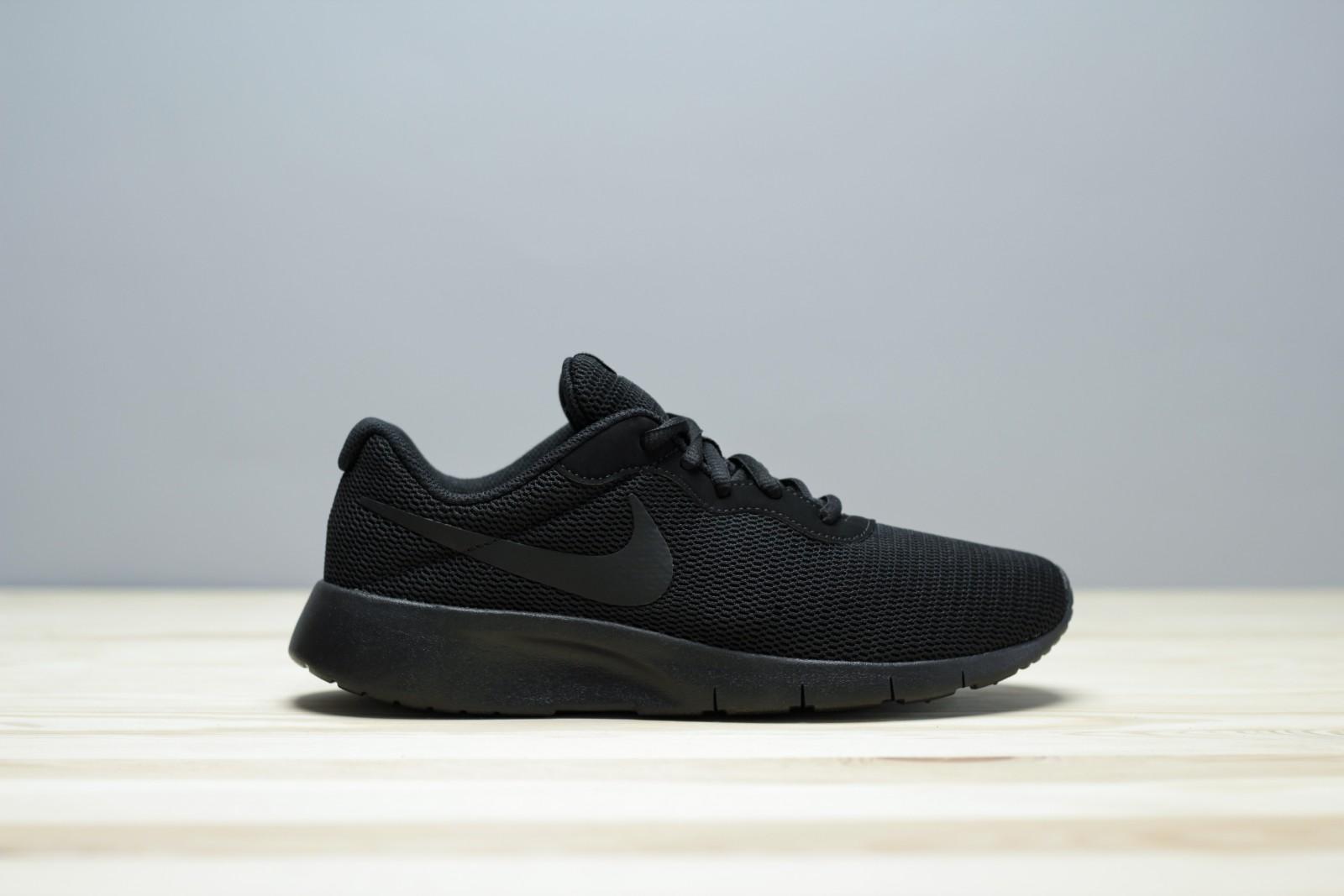 Nike tanjun (gs) BLACK/BLACK