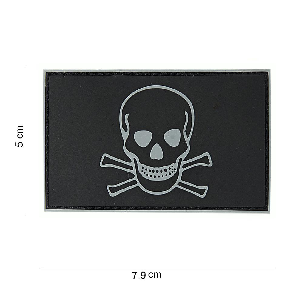 Gumová nášivka 101 Inc Skull and Bones - černá-bílá
